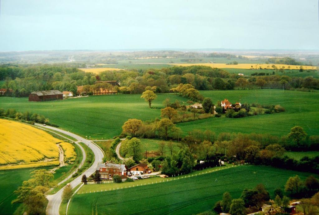 Blick auf Pension Pohnsdorfer Mühle aus der Vogelperspektive