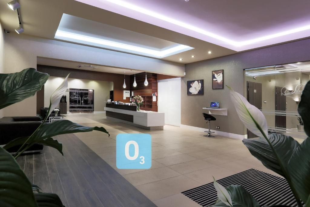 The lobby or reception area at Hotel Silver