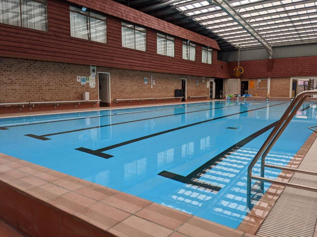 The swimming pool at or close to Wollongong Surf Leisure Resort