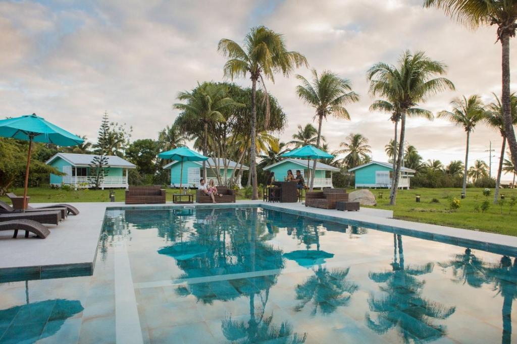 A piscina localizada em Hôtel Raiatea Lodge ou nos arredores