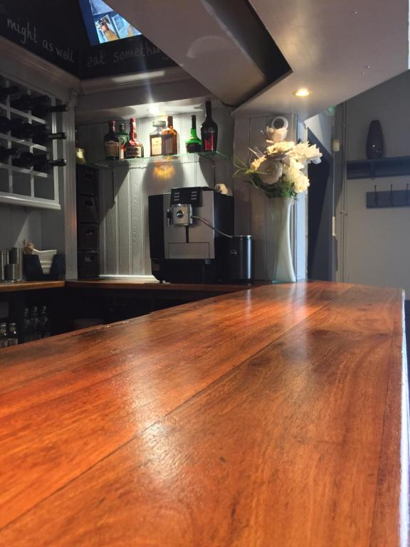 The Bell Inn - Laterooms