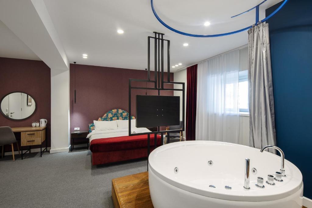 A bathroom at Hotel Bohemian Garni - Skadarlija