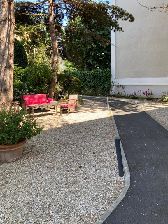 Hotel Castel Fleuri Cabourg, France