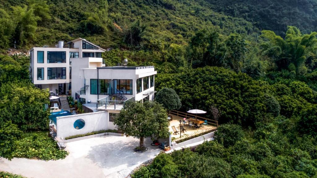 Yangshuo Serene Cove Hotel