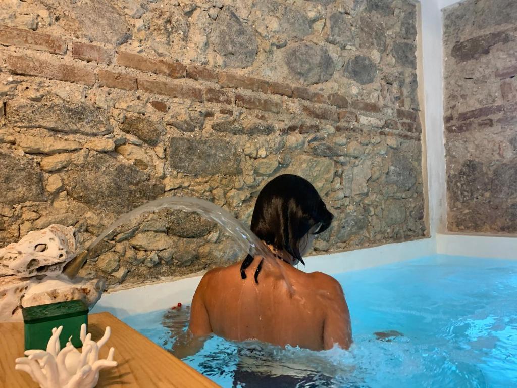 The swimming pool at or close to Villino Eleonora