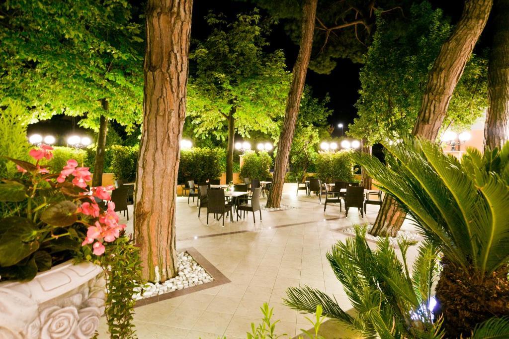 Hotel Belsoggiorno Bellaria-Igea Marina, Italy