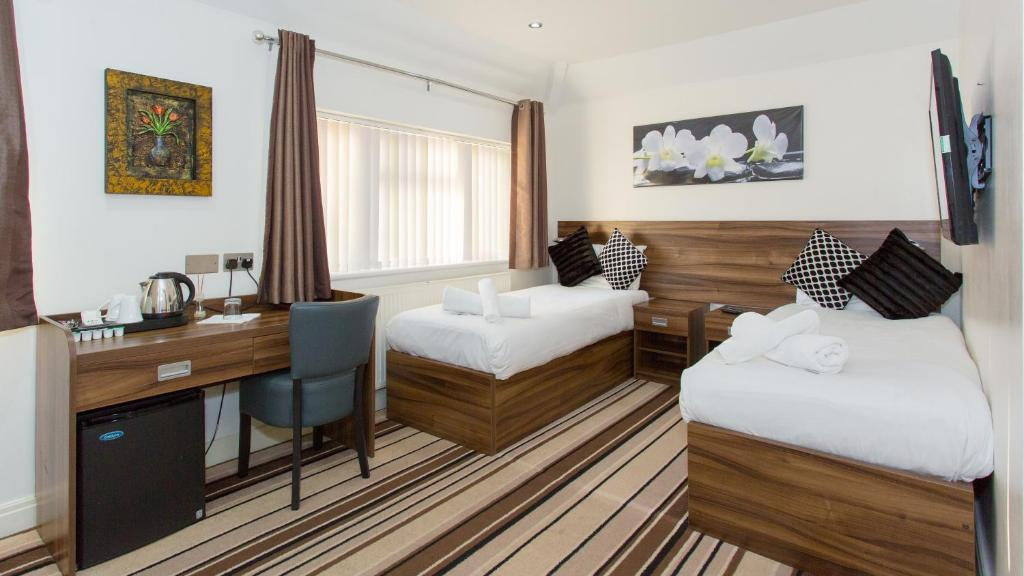 Langley Guest House - Laterooms