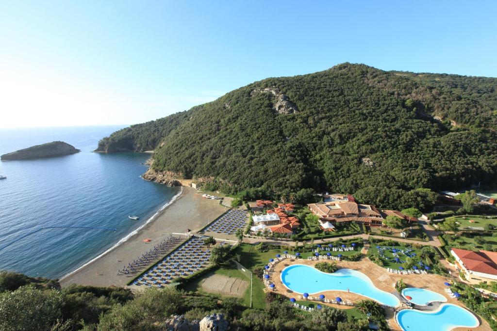 A view of the pool at TH Ortano - Ortano Mare Village or nearby