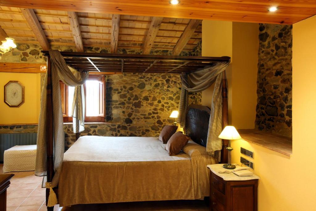 hoteles con encanto en sant gregori  18