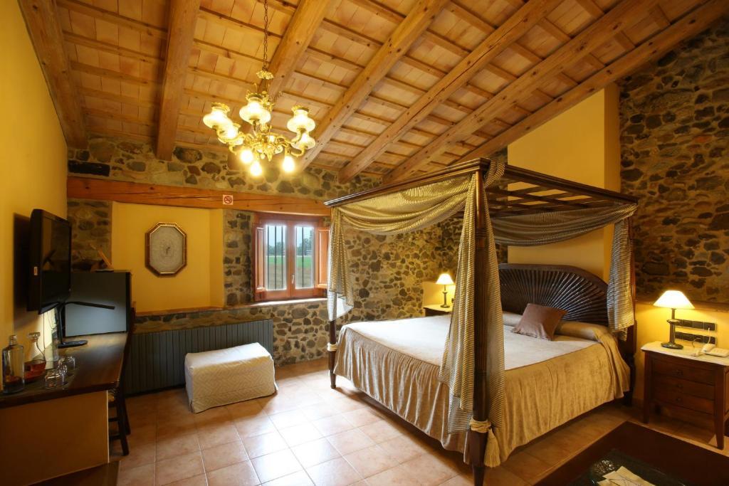 hoteles con encanto en sant gregori  17