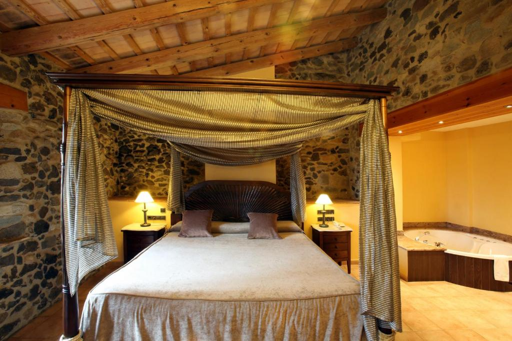 hotels with  charm in sant gregori  16