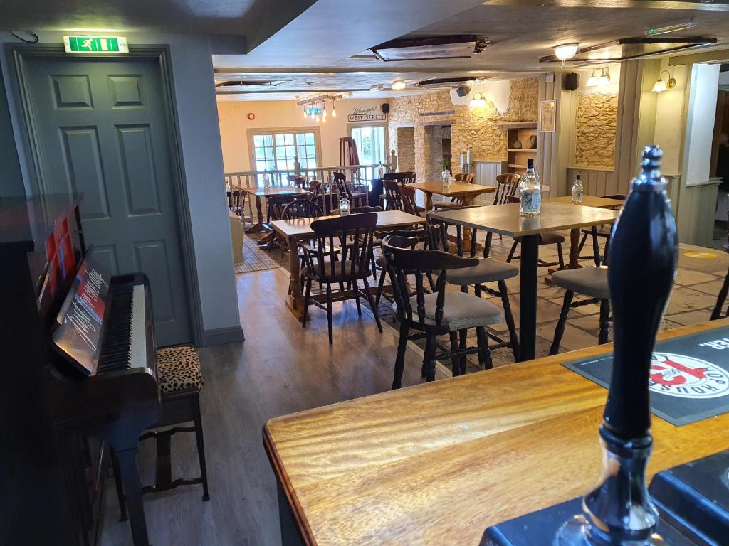 A restaurant or other place to eat at The Lugger Inn