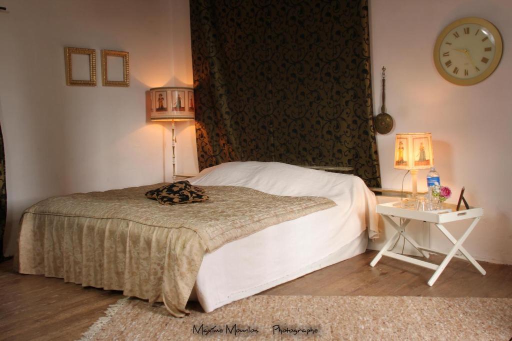 Un ou plusieurs lits dans un hébergement de l'établissement Chateau Rosans