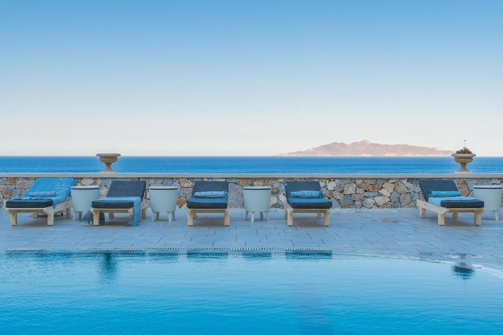 Piscine de l'établissement Epavlis Hotel & Spa ou située à proximité