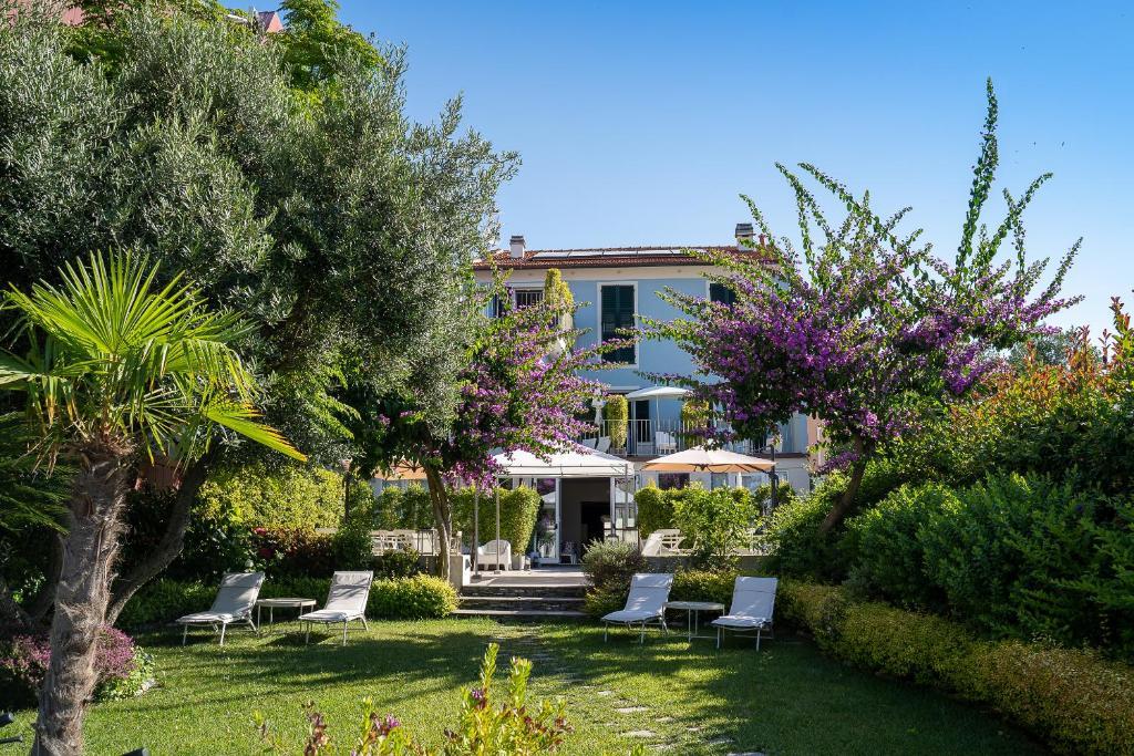 Blu Hotel Lavagna, Italy