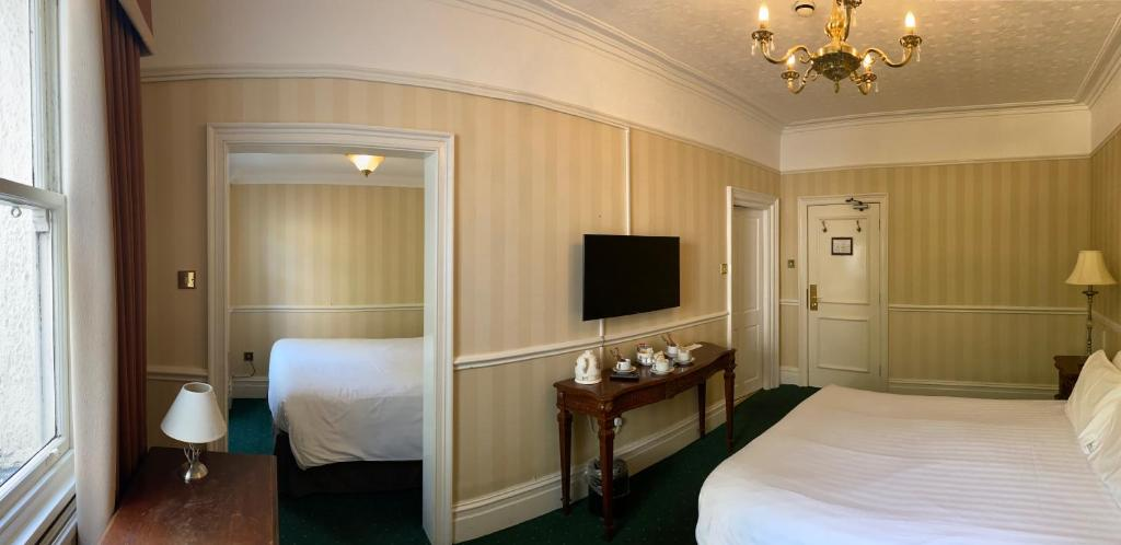 Brook Meadow Hotel - Laterooms