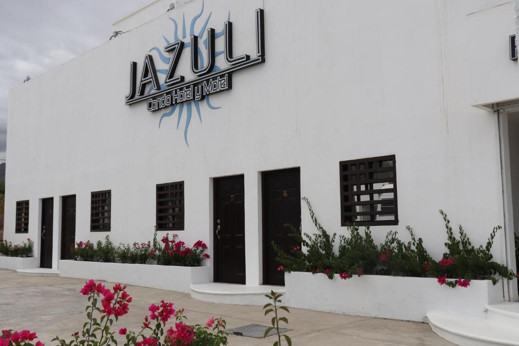 The Economico Nuevo Hotel Jazuli.