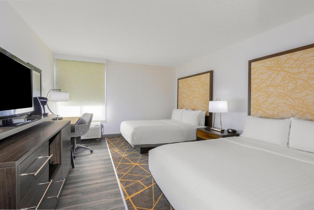 A room at the Holiday Inn La Mirada Near Anaheim.