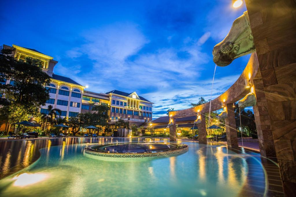 Pacific Hotel & Spaの敷地内または近くにあるプール