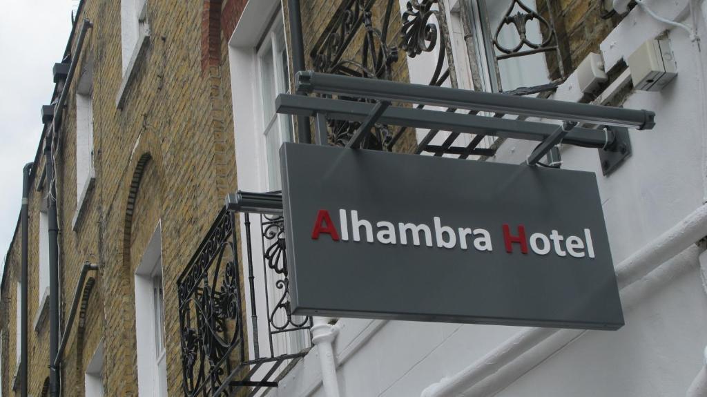 Alhambra Hotel - Laterooms