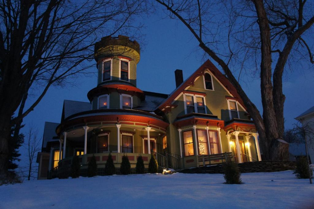 Maplecroft Bed & Breakfast during the winter