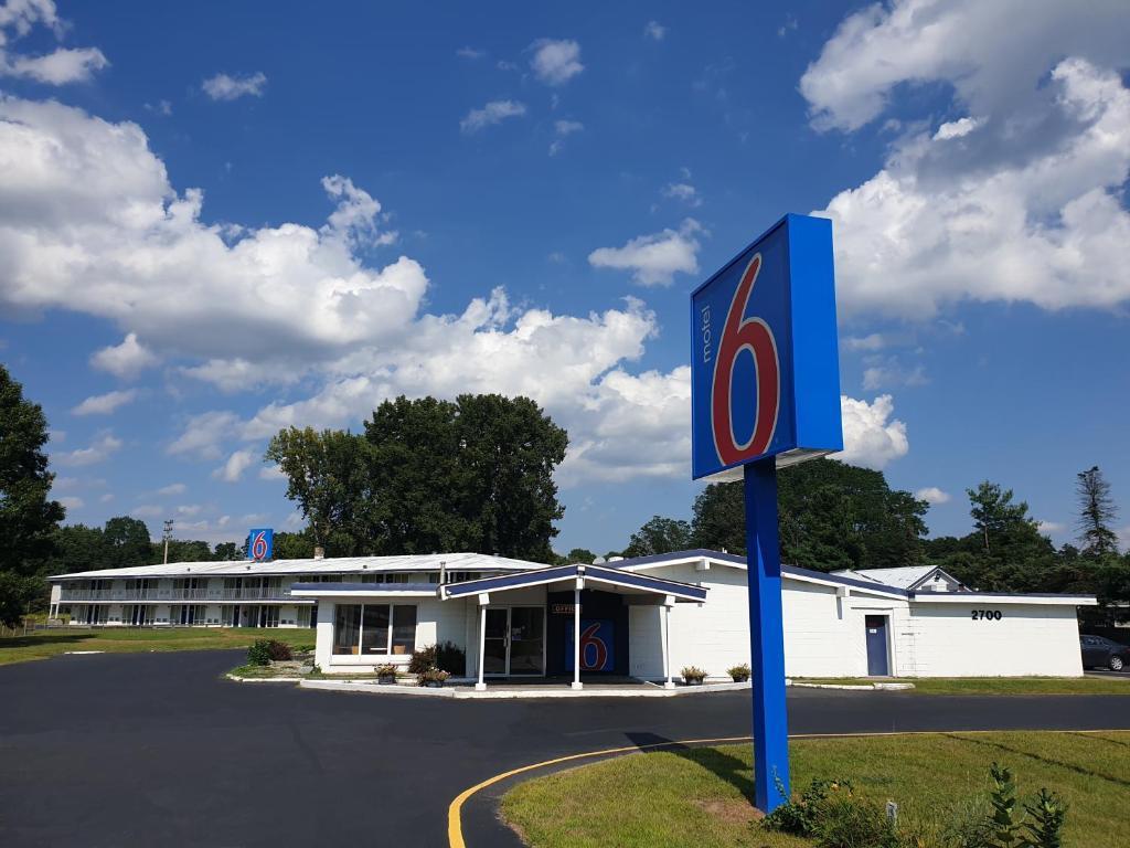Motel 6-Schenectady, NY