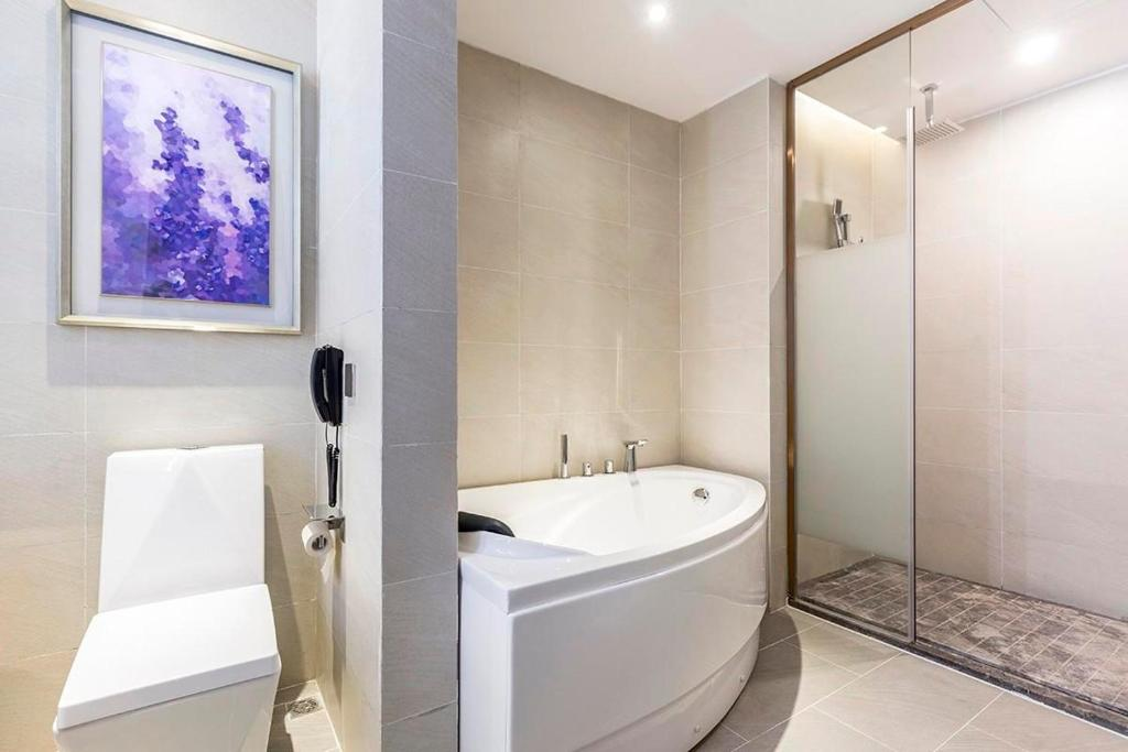 Lavande Hotel (Nanchang Liantang Xiaolan Industrial Park Branch)