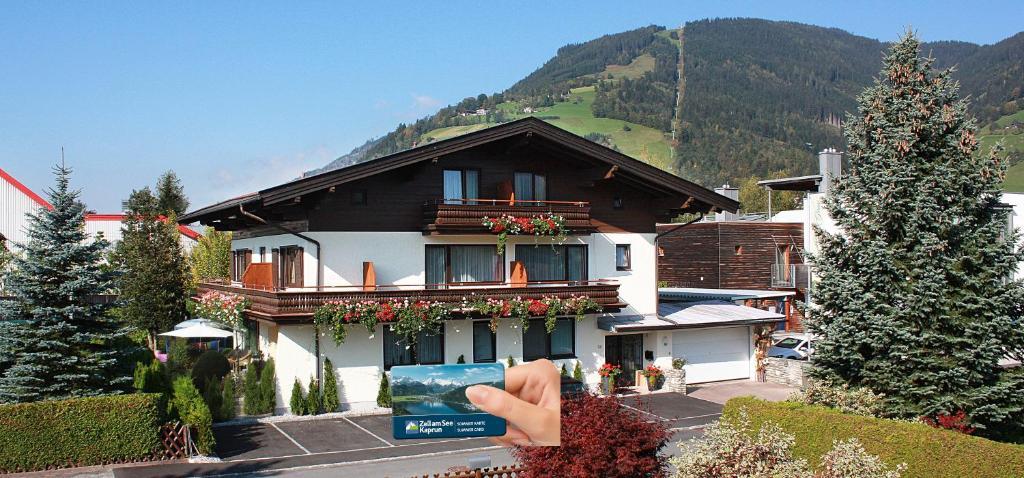 Hotel Garni Landhaus Gitti Zell am See, Austria