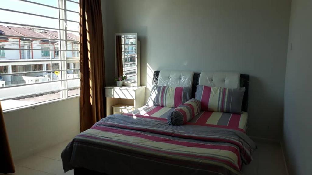 A room at Homestay Zahara