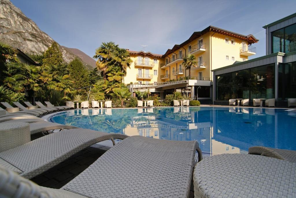 Бассейн в Villa Nicolli Romantic Resort или поблизости