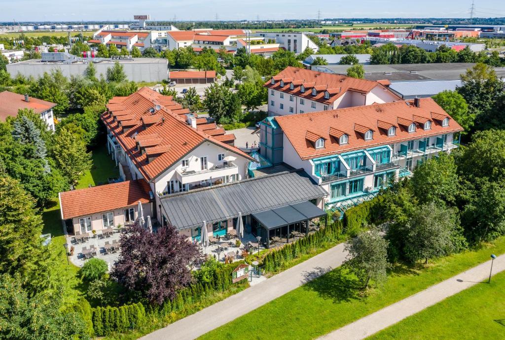 A bird's-eye view of Best Western Plus Hotel Erb
