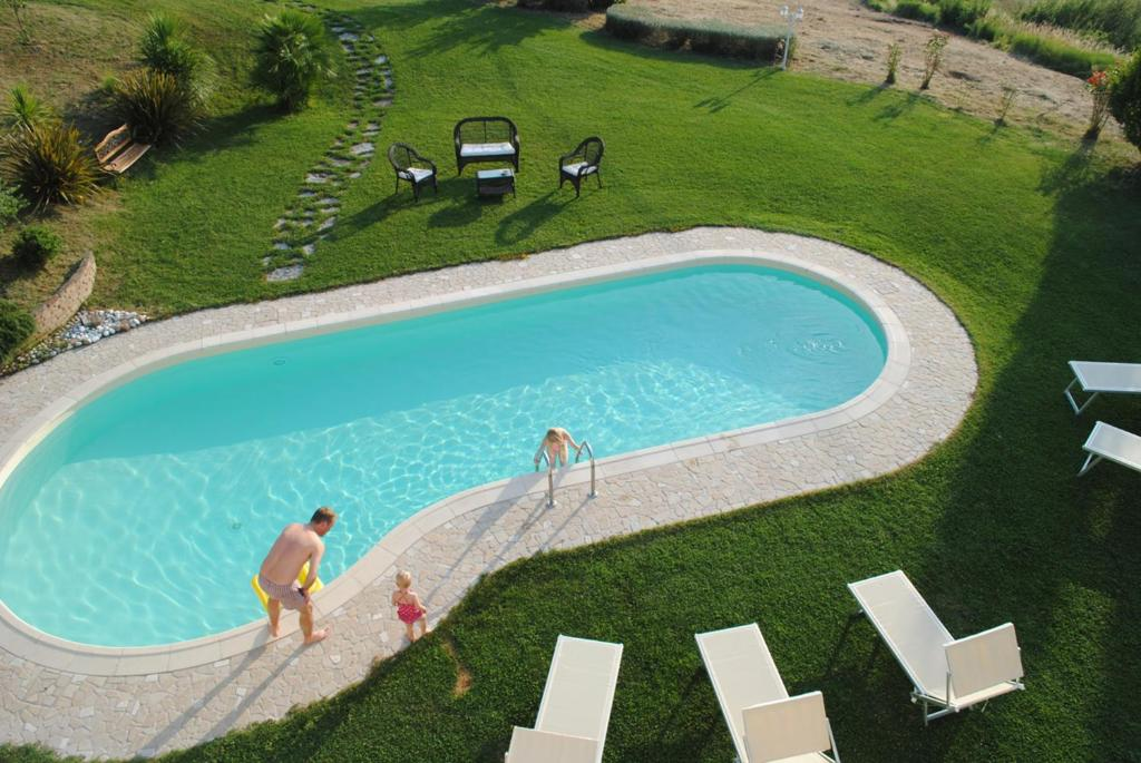 Villa with 5 bedrooms in Montelabbate with wonderful sea view private pool enclosed garden 13 km from the beach