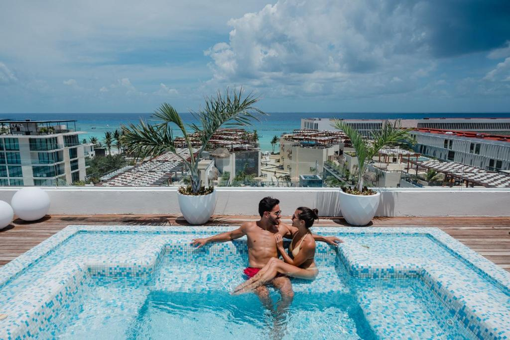The Reef 28 - Adults Only - All Suites - Optional Gourmet All Inclusive