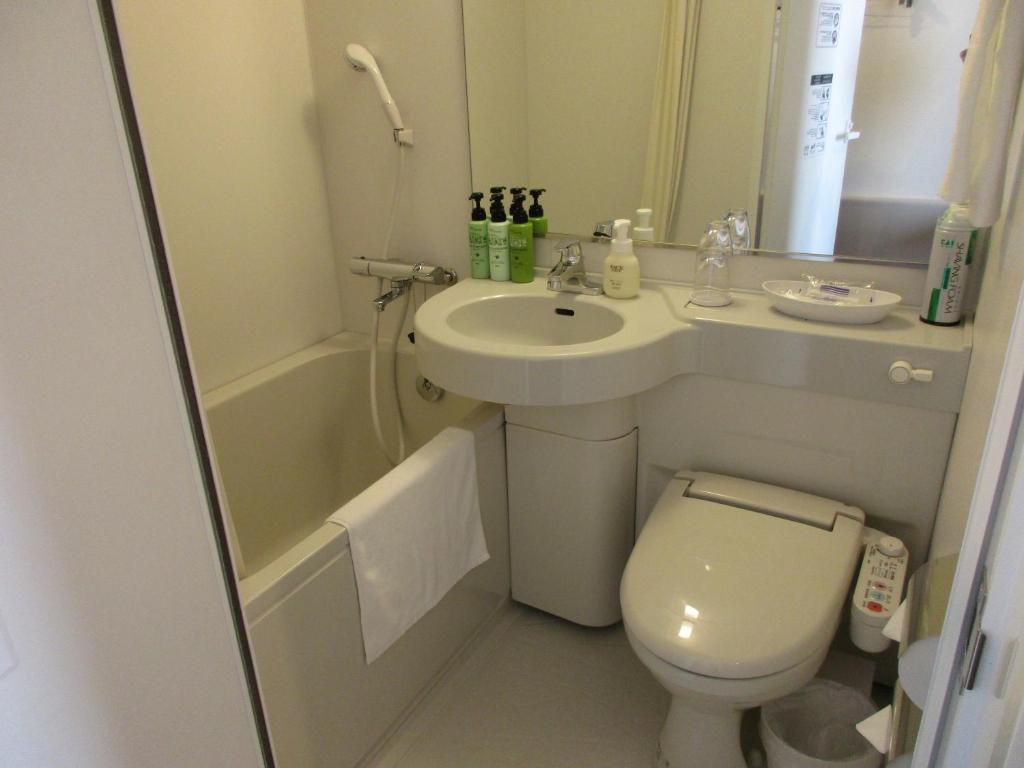 A bathroom at Y's HOTEL Shin Osaka