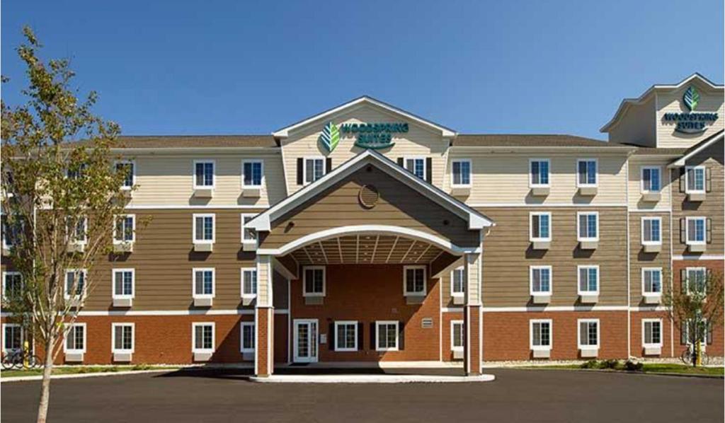 The WoodSpring Suites Allentown.