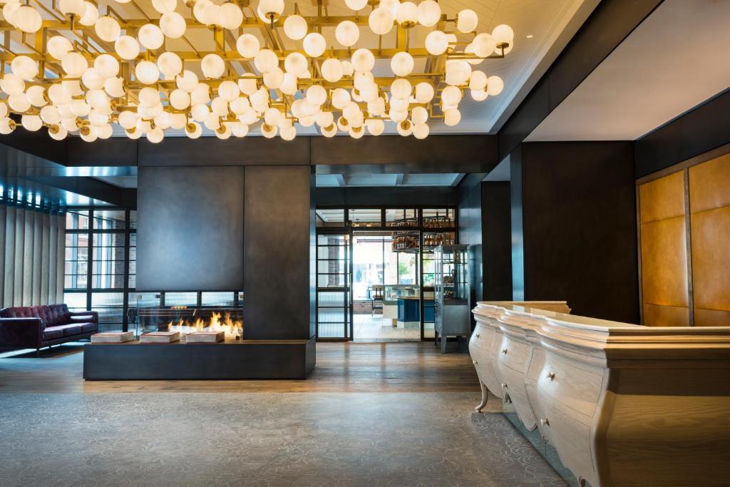 The lobby or reception area at Kimpton Journeyman Hotel, an IHG Hotel