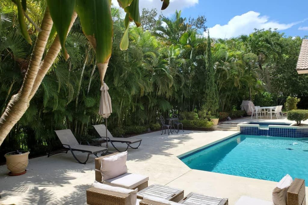 Luxury villa in a private golf club community