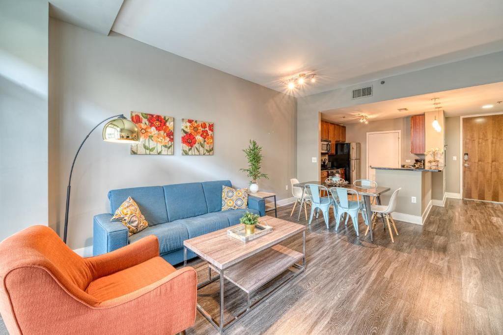 An apartment at the Kasa Atlanta Downtown Apartments Near GSU.
