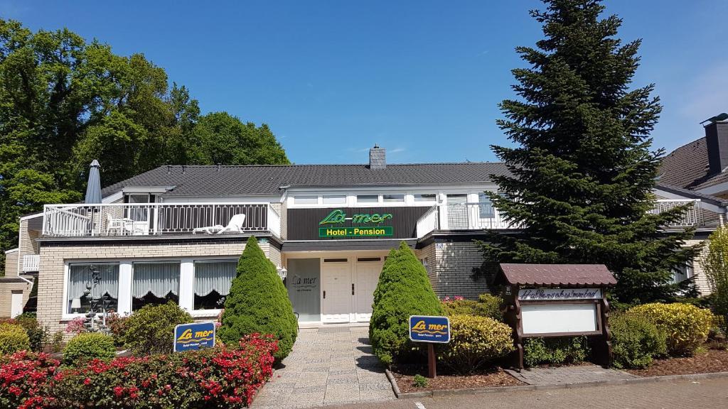 Hotel Garni La mer Bad Zwischenahn, Germany