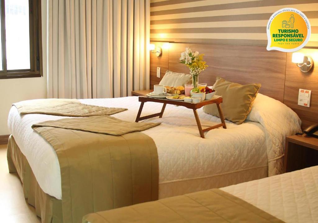 Um quarto em Hotel Continental Business - 200 metros do Complexo Hospitalar Santa Casa