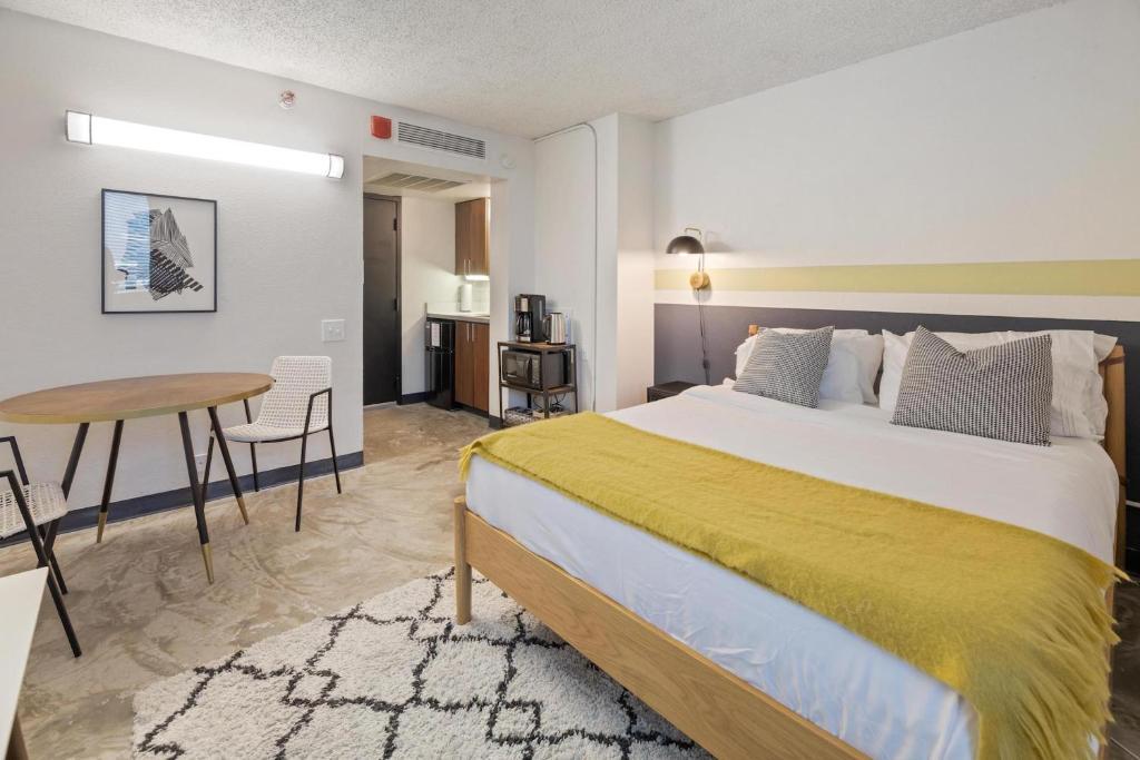 An apartment at the Kasa Austin Campus Spaces at UT Austin.