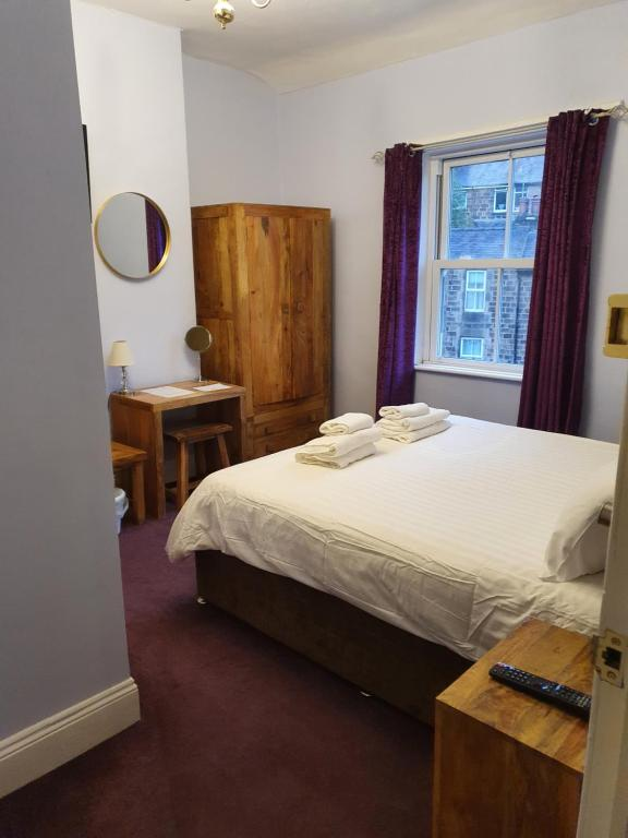 The Camberley - Laterooms
