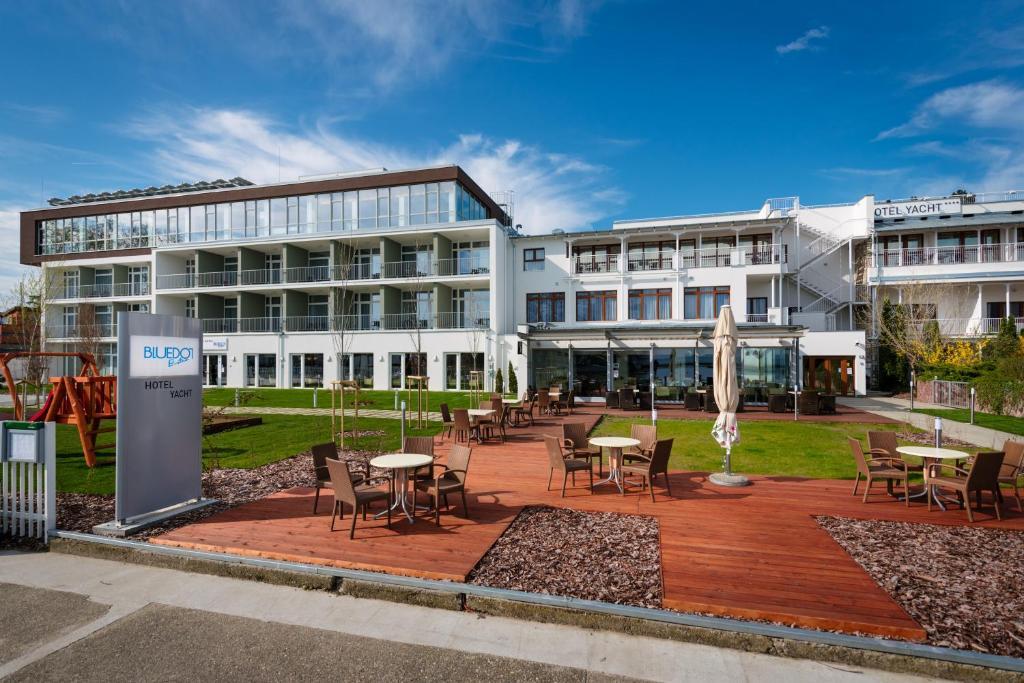 Hotel Yacht Wellness & Business Siofok, Hungary