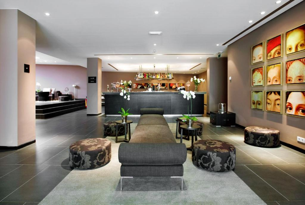 The lobby or reception area at Tryp By Wyndham Antwerp