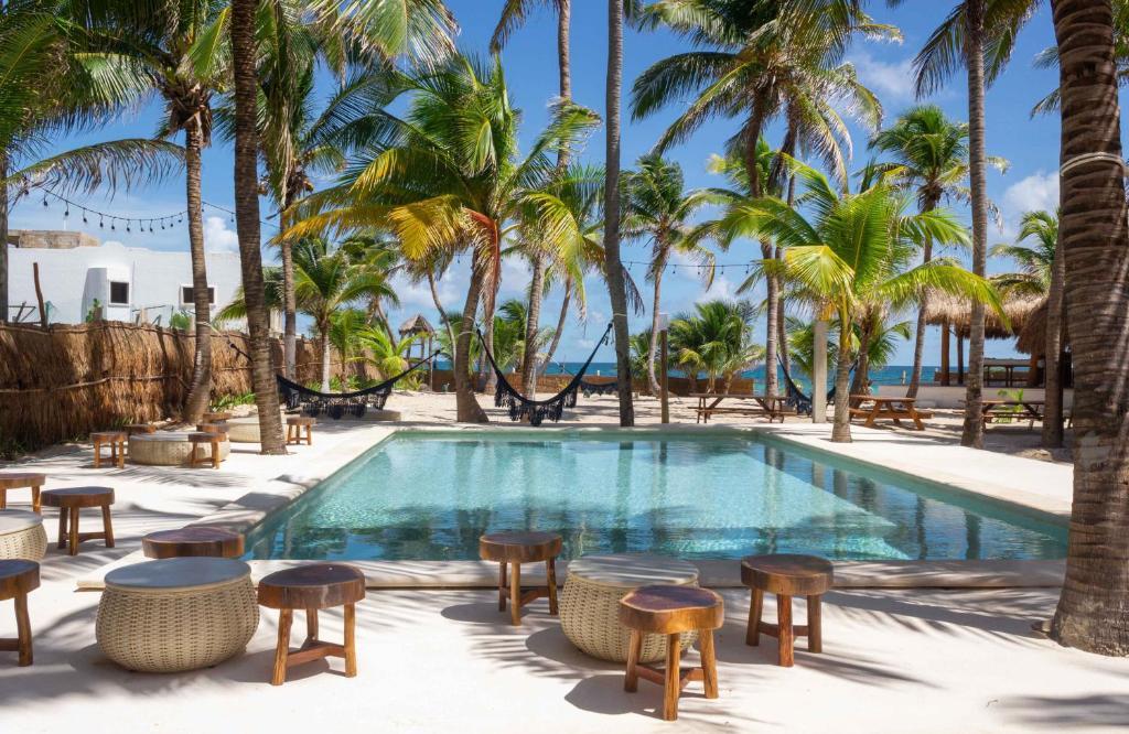 The swimming pool at or near Selina Poc Na Isla Mujeres