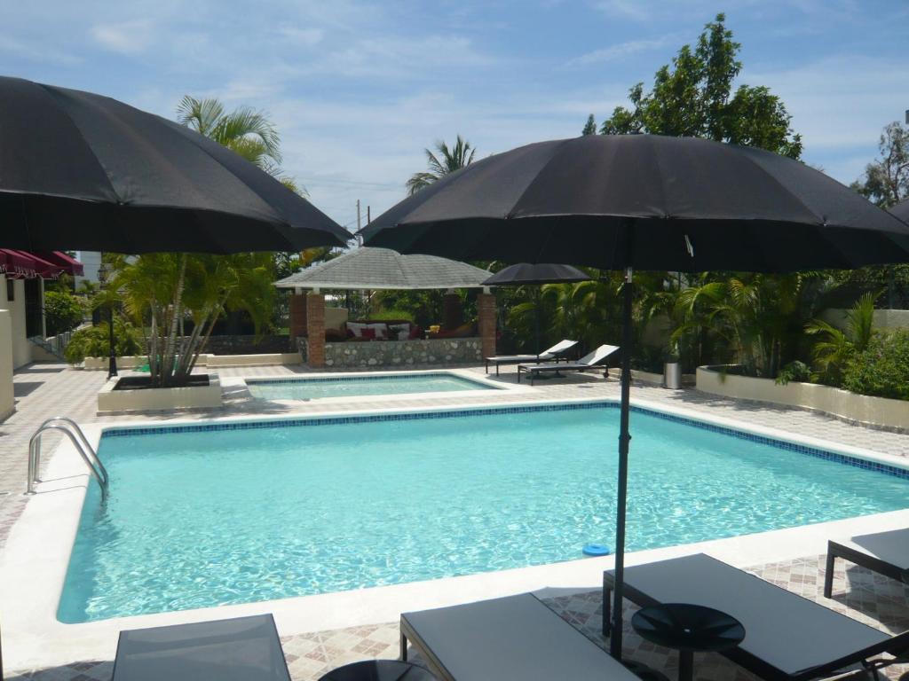 Villa Los Almendros - 2 pools and private tennis court