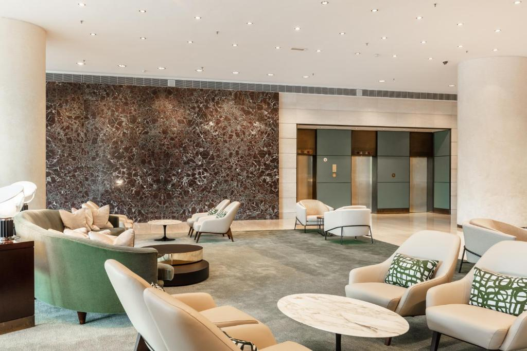 Hilton Amsterdam - Laterooms