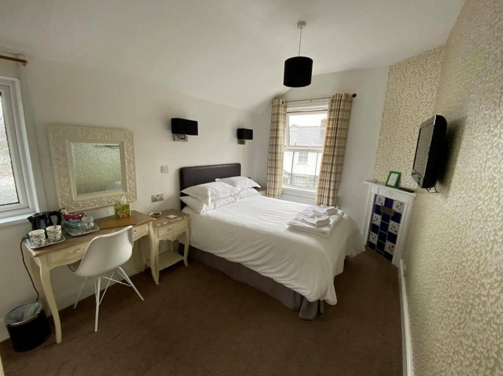 Hall Garth Guest House - Laterooms