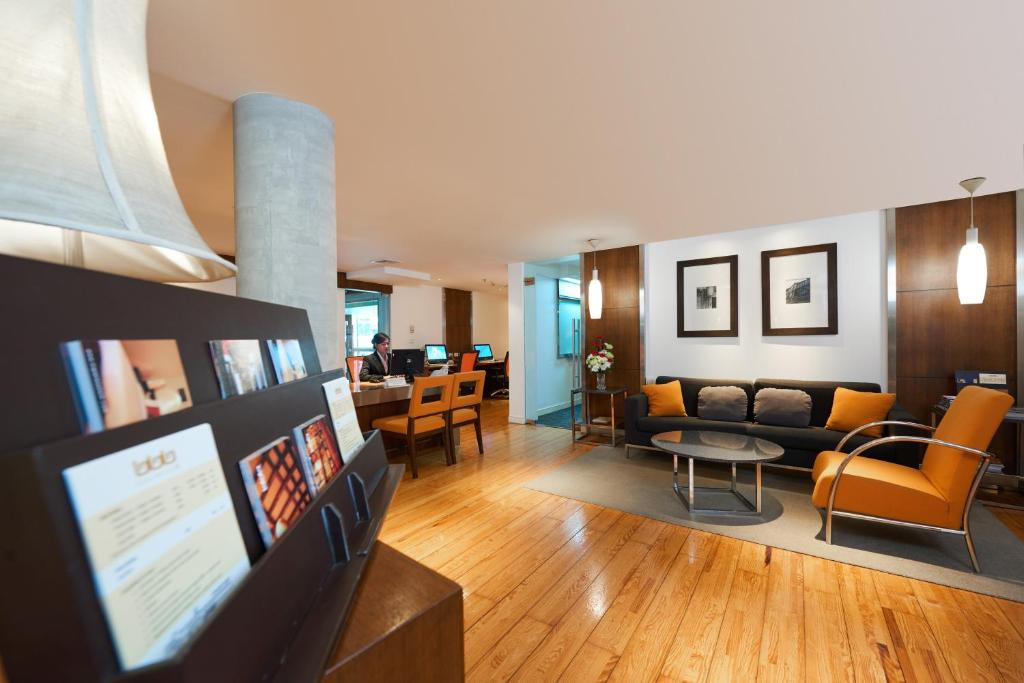 Triple Two Silom Boutique Hotel - Laterooms