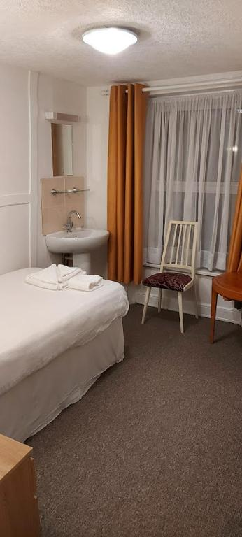 Plymouth Holiday Apartments-Osborne House - Laterooms